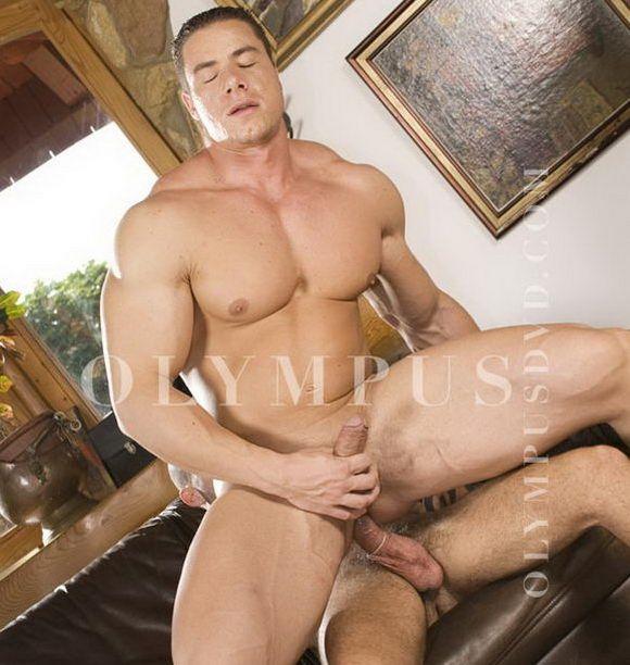 27 Nov Gay Porn Preview 12 comments. Bodybuilder Fernando Nielsen butt ...