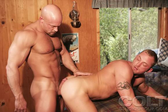 Browse thousands of Nashville gay personal ads all completely free