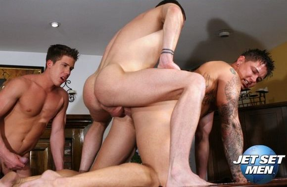 Trevor-Knight-Fucks-Sebastian-Young-Big-Dick-Society.jpg