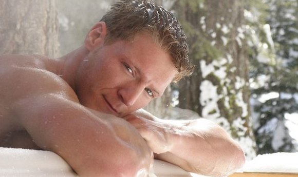 Gay Porn Star Gavin Waters in Bath Tub Snow Girlfriend Orgasms   ex girlfriend revenge videos