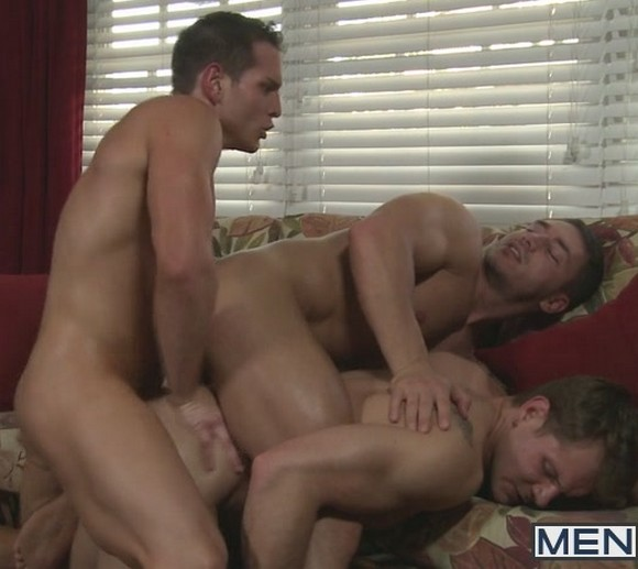 DYLAN ROBERTS Fucks MARC DYLAN and TRENT DIESEL Adult disposable diapers are worn by adults for a variety of reasons.