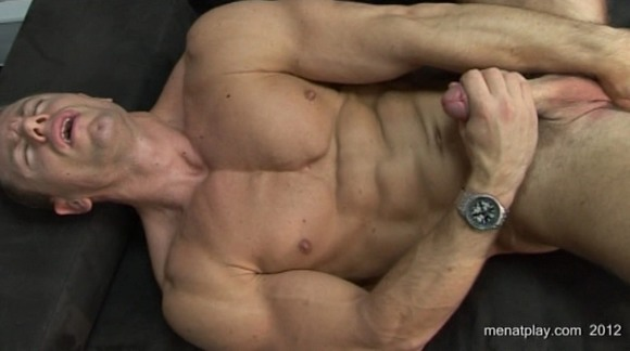 Muscle stud Steven had done some solo videos with Chris Geary on Boy Spy Cam ...