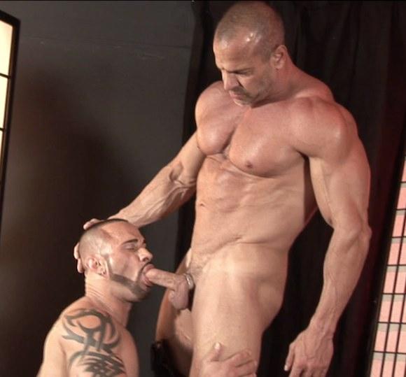 Introducing Muscle Daddy Porn Star JIM FERRO (Bareback)