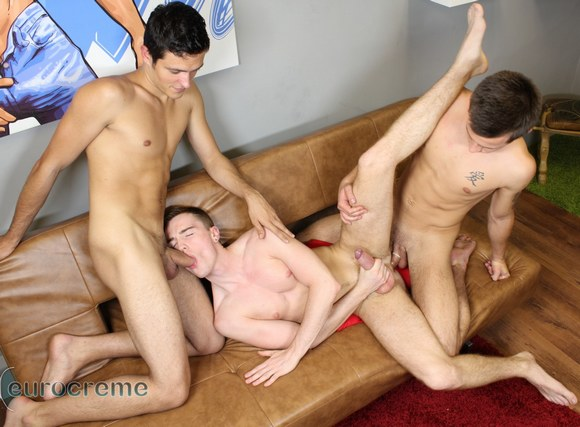 Gay Mens Lounge (AKA Gay Porn Appreciation topic) - Page 2