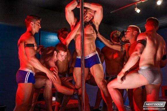 Dungeon-Club-Gay-Orgy-XXX-1.jpg