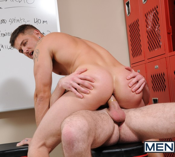 Sebastian Young Fucked By Bryan Cavallo