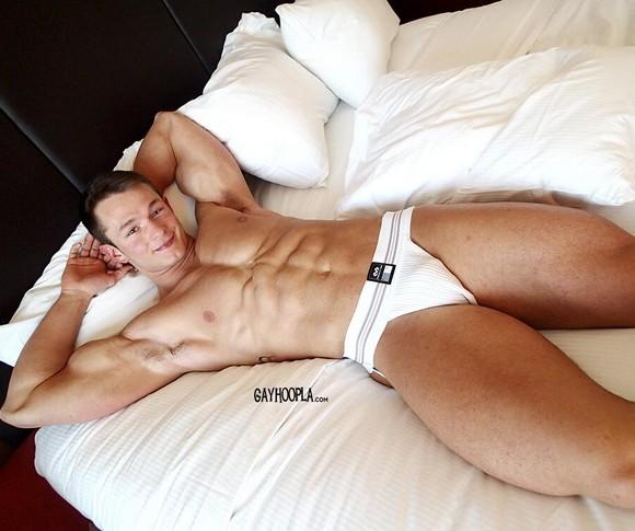 Daniel Carter GayHoopla Porn Model