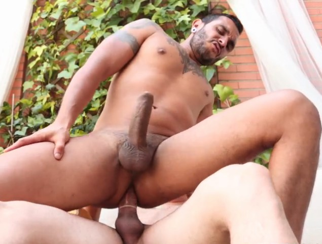 Lucio Saints Ivan Big Cock Gay Sex
