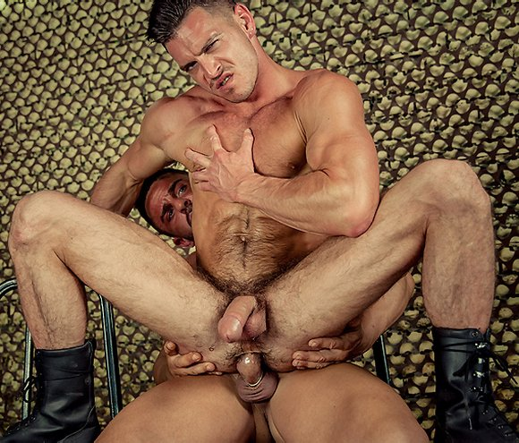 Paddy OBrian Bottoms For Alex Brando Muscle Gay Porn Stars