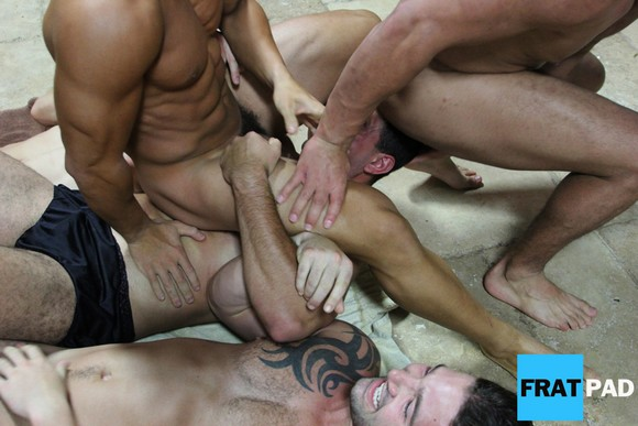 Fratmen Fratpad Angelo Homoerotic Initiation