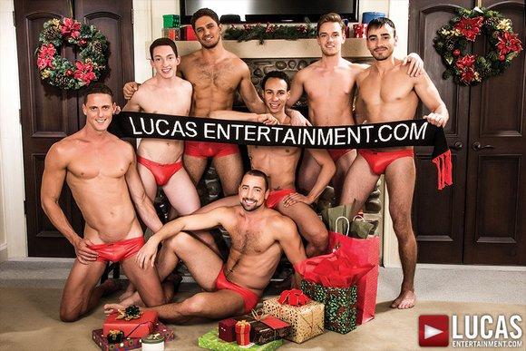 Very Merry Bareback Christmas GayPorn