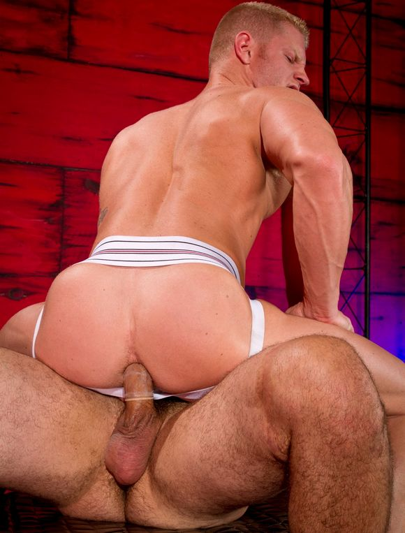 JohnnyV Derek Atlas Gay Porn