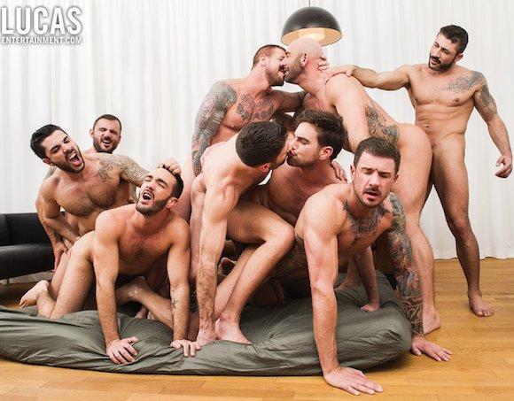 Rocco Steele Nine-Man Bareback Orgy